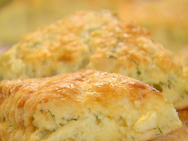 Easy Lemonade Scone Recipe – for when friends drop by! | Cauldrons ...
