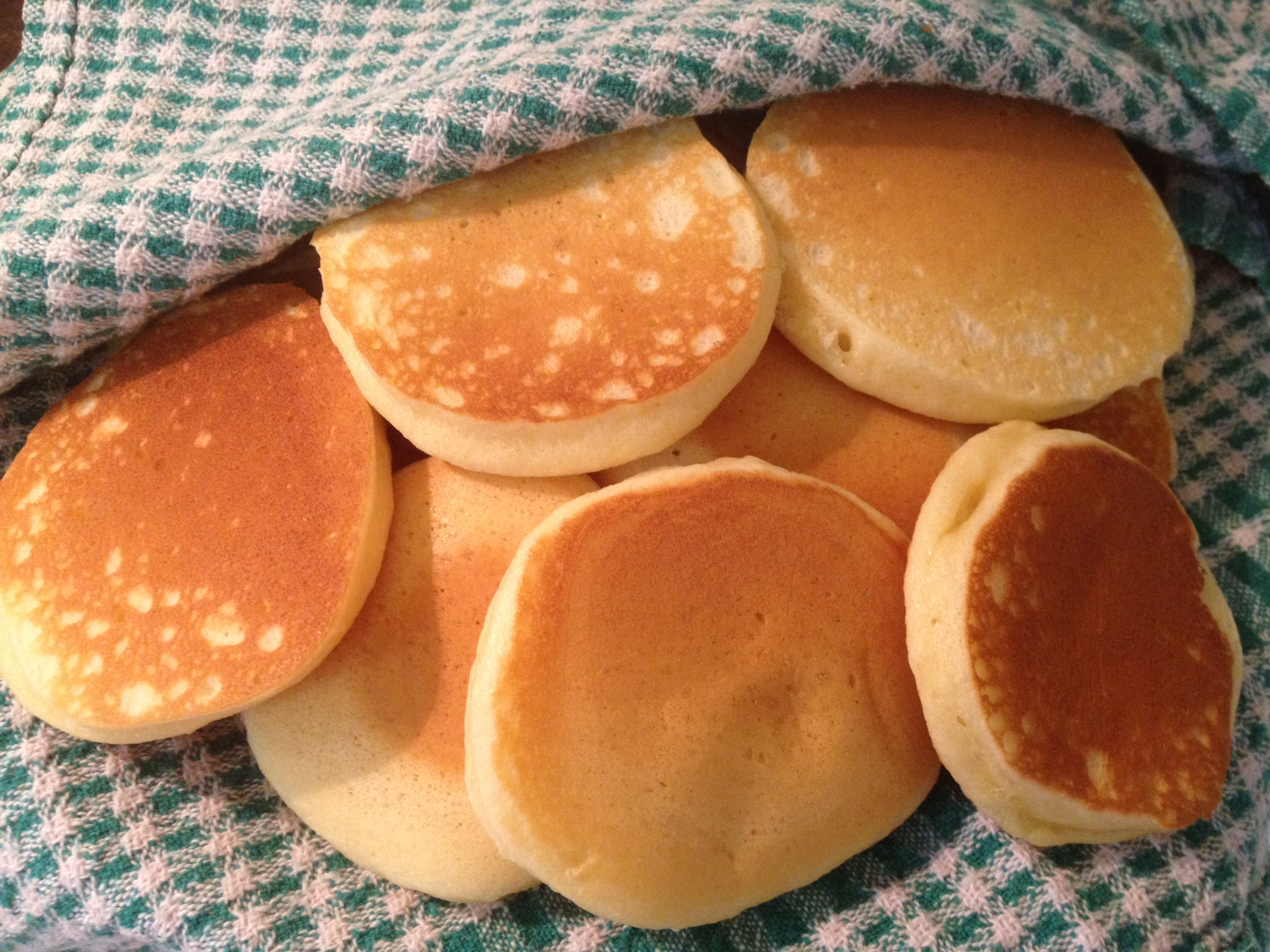 Nana's Pikelet Recipe and a Few Good Yarns | Cauldrons and Cupcakes
