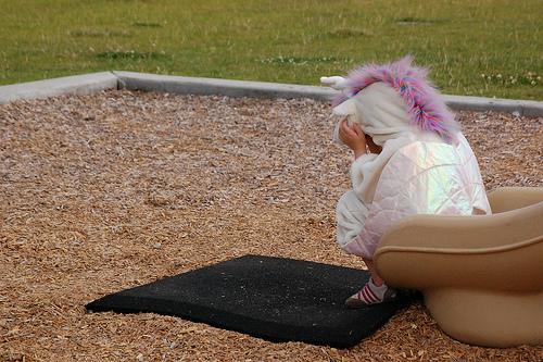 Sad Unicorn by theGREENER on flickr