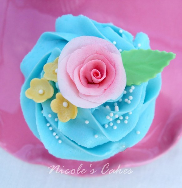 Image from www.nicoles-confectionscakescreations.blogspot.com.au