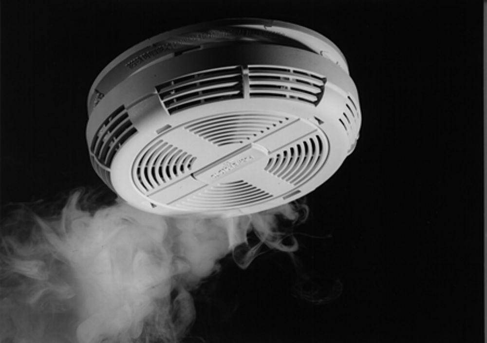 Hard Wiring Smoke Detectors Diagram likewise Watch besides Kidde0910 furthermore Ionization Smoke Alarms as well Beeping Smoke Alarm. on smoke alarm beeping