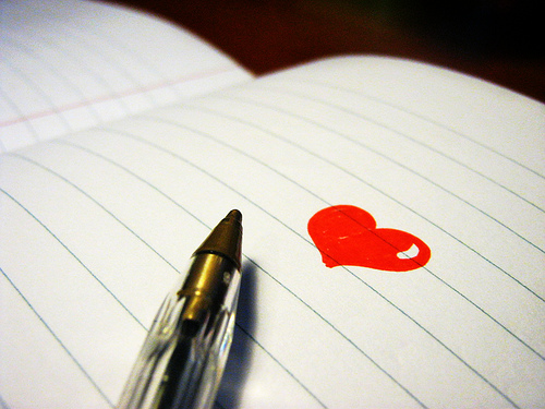 love heart pen