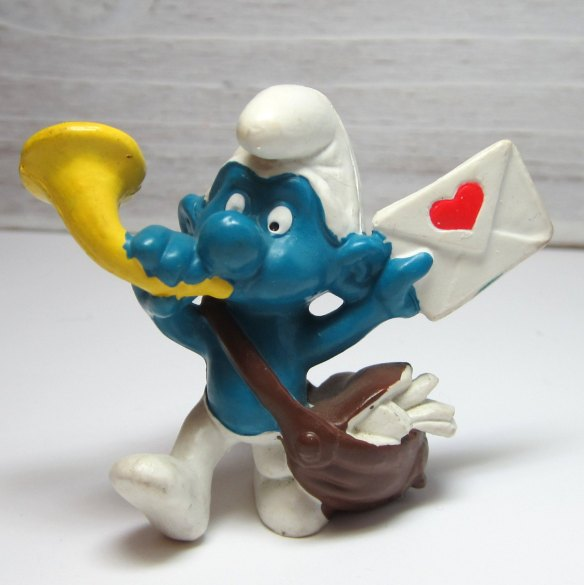 Image of this adorable smurf (I love smurfs!) from Etsy
