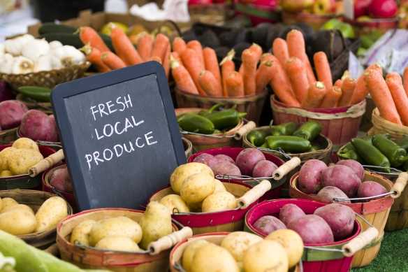 produce-farmers-market-vegetables