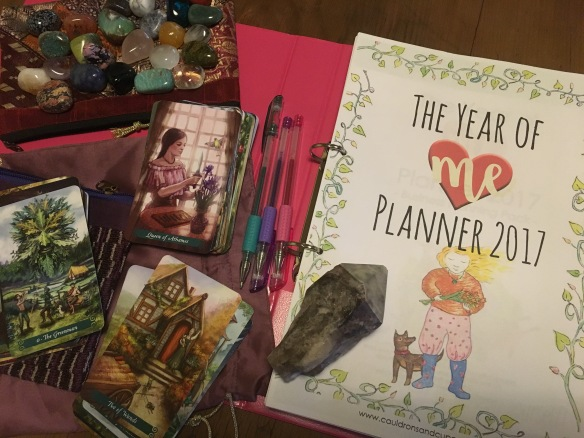Here's my own 2017 Planner, and my 2017 gratitude stone, my 2017 crystal pack, and the oracle cards I'm going to use for the year ahead. Pretty delicious, huh?